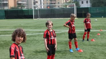 Ultimi giorni per fare le iscrizioni ai Milan Junior Camp 2021